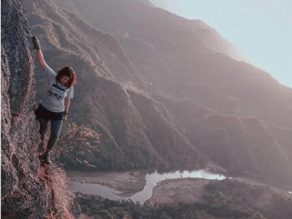 rock climbing scenic overlook
